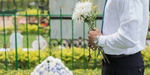 When can a family member sue for the wrongful death of their loved one in Colorado?